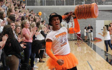 Pep assembly fun celebrates athletes