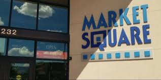 Market Square is the location of the restaurant Himalayan Indian Cuisine.